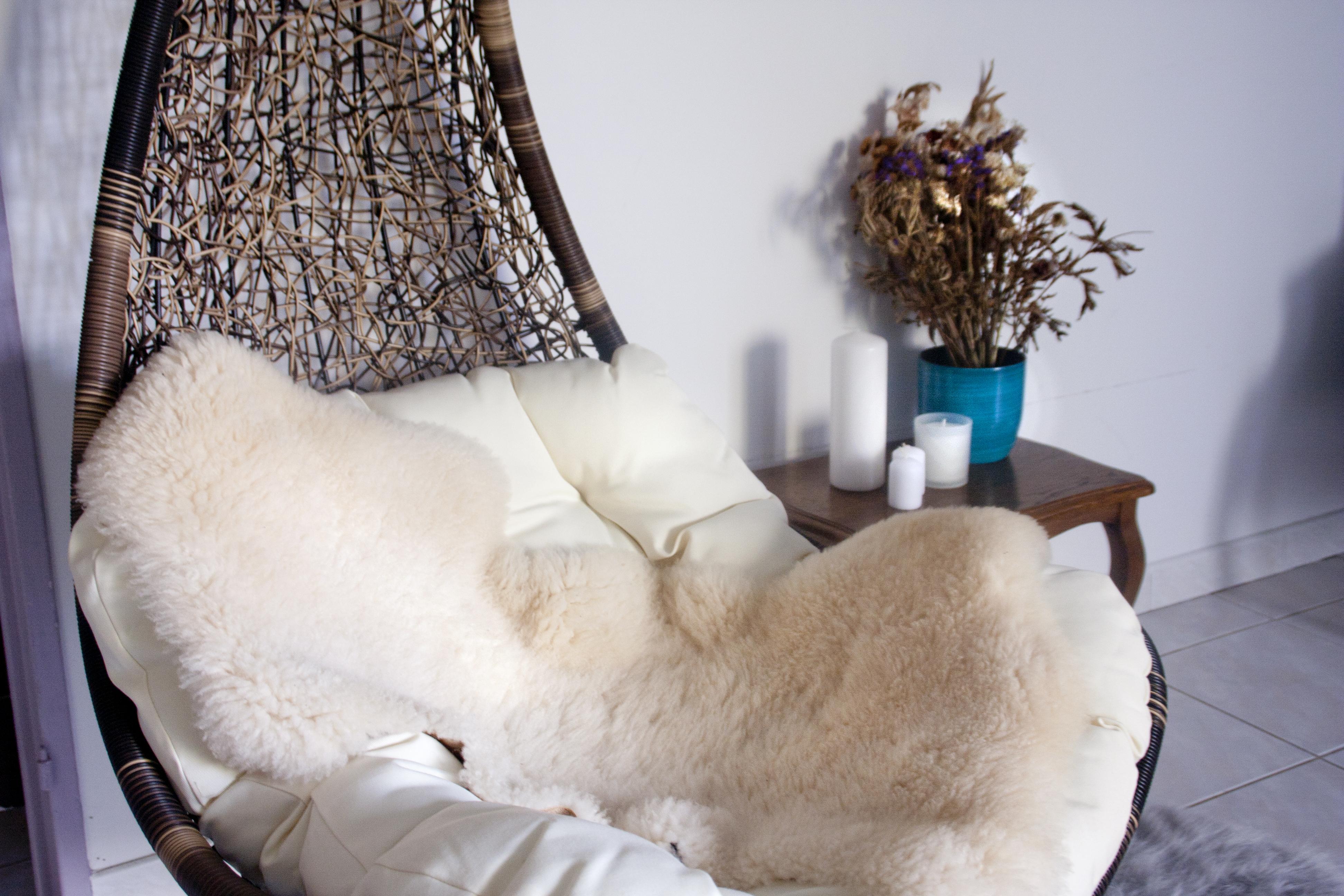 balancelle d o r o t h y n e s t. Black Bedroom Furniture Sets. Home Design Ideas